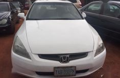 Sell very cheap clean white 2003 Honda Accord in Abuja