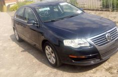 Selling 2007 Volkswagen Passat sedan at price ₦1,500,000 in Ibadan