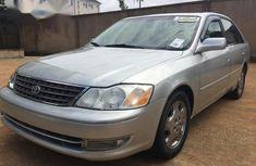 Need to sell high quality grey 2003 Toyota Avalon sedan automatic in Lagos