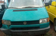 Need to sell high quality 2002 Volkswagen Transporter van manual