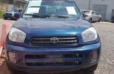 Clean blue 2001 Toyota RAV4 automatic for sale at price ₦800,000