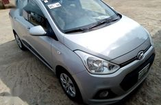 Hyundai i10 2016 Silver color for sale