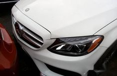 Selling 2017 Mercedes-Benz C300 manual