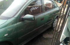 Sell green 2000 Opel Astra automatic at price ₦800,000