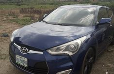 Selling blue 2012 Hyundai Veloster at cheap price
