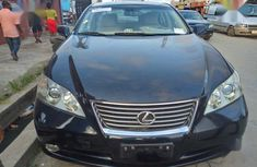 Very clean 2009 Lexus ES for sale at price ₦3,000,000