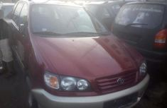 Need to sell cheap used 2003 Toyota Picnic suv in Lagos