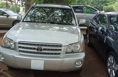 Need to sell cheap used 2002 Toyota Highlander at mileage 65,421 in Abuja