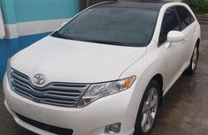 Clean Sharp Registered Toyota Venza full option 2010 Model