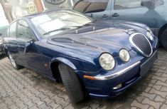 Well maintained blue 2002 Jaguar S-Type automatic for sale at price ₦550,000