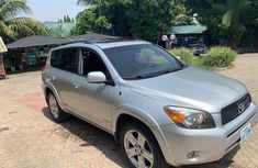 Authentic grey/silver 2009 Toyota RAV4 automatic in good condition