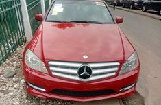 Selling red 2008 Mercedes-Benz C300 at cheap price