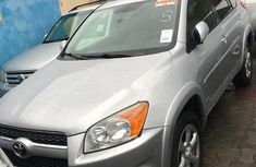 Selling 2012 Toyota RAV4 automatic at price ₦4,800,000