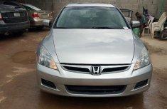 Sell sparkling 2007 Honda Accord sedan automatic
