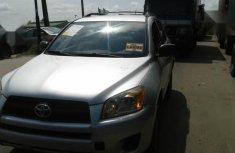 Sell well kept 2009 Toyota RAV4 in Lagos