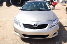 Toyota Corolla 2009 1.8 Exclusive Automatic Gold color for sale