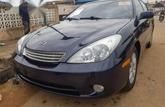 Need to sell high quality 2004 Lexus ES sedan at price ₦1,850,000 in Lagos