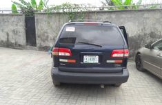 Nigerian Used 2002 Toyota Sienna With Power Door