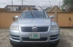 Sell well kept blue 2007 Volkswagen Touareg automatic in Ikeja