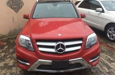 Need to sell high quality red 2014 Mercedes-Benz GLK suv automatic in Lagos