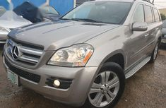 Need to sell 2007 Mercedes-Benz GL-Class automatic in good condition in Ikeja