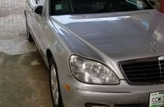 Grey 2006 Mercedes-Benz S-Class sedan automatic at mileage 185,000 for sale