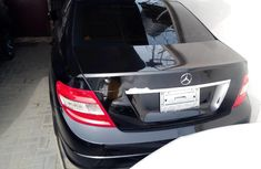 Need to sell high quality black 2008 Mercedes-Benz C300 sedan automatic