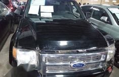 Ford Escape 2000 Black color for sale