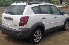 Clean Sharp Toks 04 Pontiac Vibe White for sale