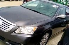 Very clean Toyota Avalon 2010 for sale
