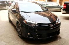 Need to sell black 2016 Toyota Corolla at price ₦6,300,000