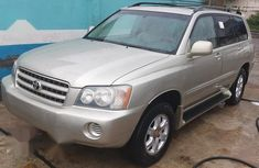 Well maintained 2003 Toyota Highlander for sale at price ₦2,100,000 in Ikeja