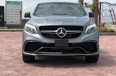 Selling 2016 Mercedes-Benz GLE suv /automatic in good condition