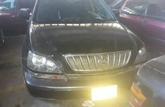 Need to sell high quality 2001 Lexus RX suv at mileage 105,000