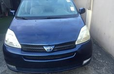 Blue 2005 Toyota Camry van automatic for sale at price ₦2,500,000