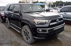 Need to sell cheap used 2018 Toyota 4-Runner suv in Lagos