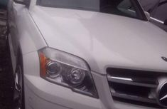 White 2010 Mercedes-Benz GLK-Class suv for sale at price ₦6,000,000 in Lagos