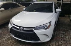 2016 Toyota Camry White for sale