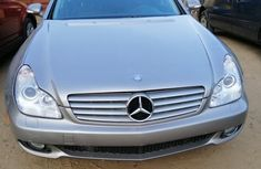 Mercedes-Benz CLS 500 2007 Gold for sale