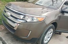 Well maintained 2013 Ford Edge suv automatic for sale