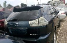 Need to sell used 2006 Lexus RX automatic in Ikeja at cheap price