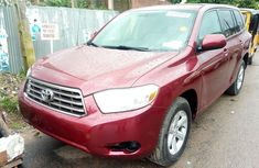 Clean and neat used red 2008 Toyota Highlander automatic in Lagos at cheap price