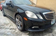 Sell used black 2012 Mercedes-Benz E550 sedan at price ₦7,200,000