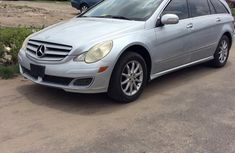 Sell well kept grey 2006 Mercedes-Benz R-Class sedan at price ₦3,200,000