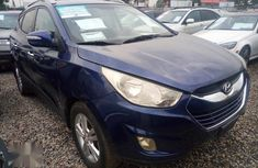 Sell blue 2011 Hyundai ix35 automatic at price ₦1,900,000 in Ikeja