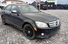 Need to sell black 2008 Mercedes-Benz C300 at price ₦1,700,000 in Lagos