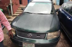 Need to sell cheap used 2002 Volkswagen Passat at mileage 19,000