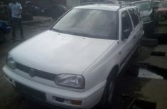 Volkswagen Glof 3 Wagon Without AC (1.8L)