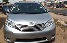 2011 Toyota Sienna XLE Lagos cleared