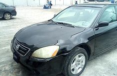 Sell well kept black 2002 Nissan Altima sedan at price ₦462,672
